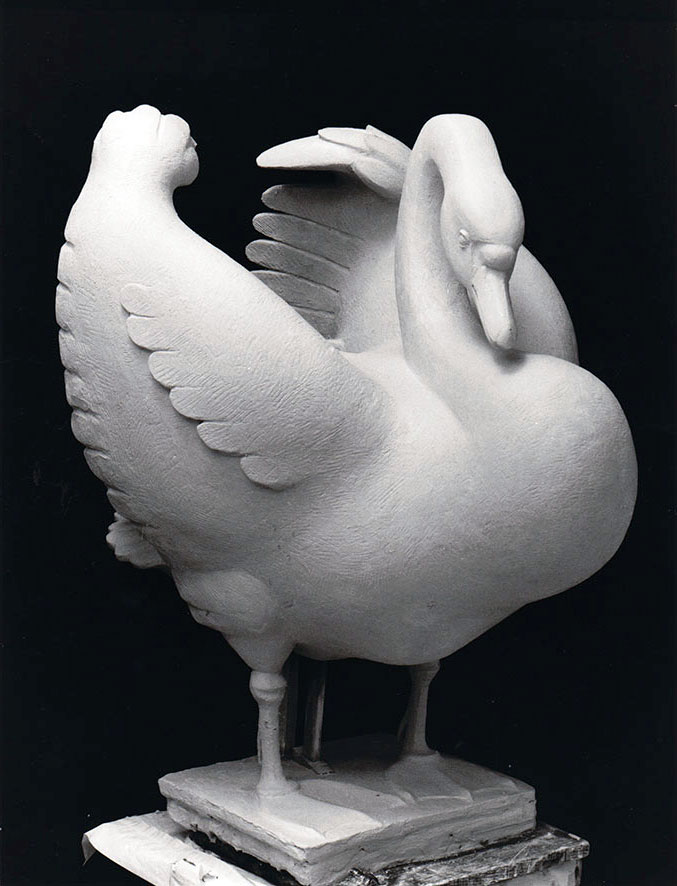 Großer Schwan • Gips • 124cm • um 1971