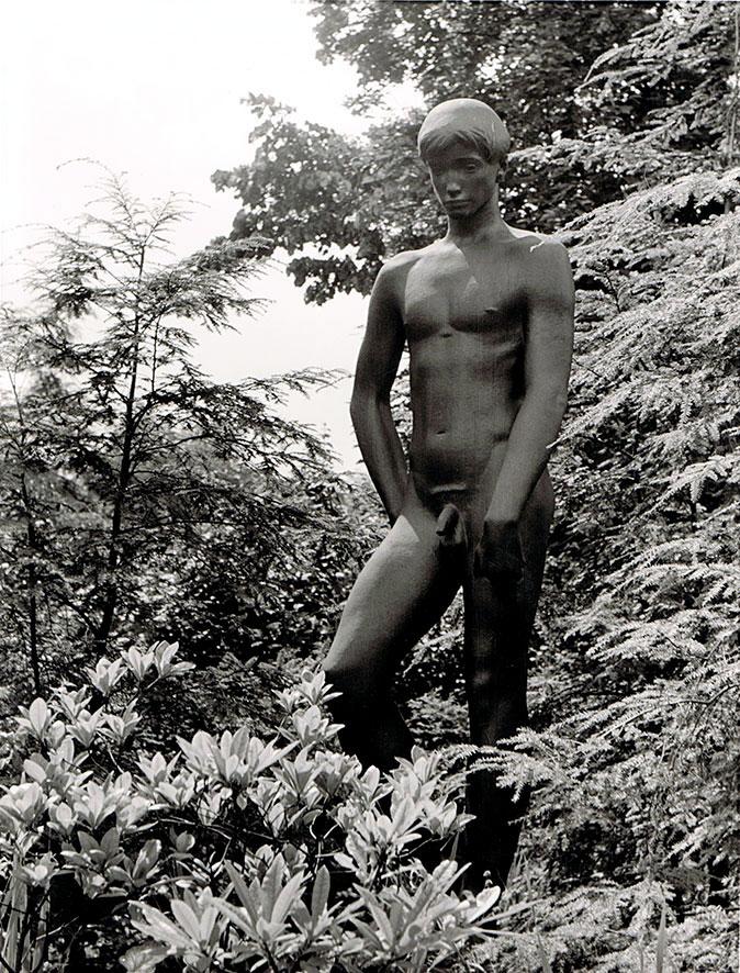 Großer Herabblickender • Bronze • 205 cm • 1949