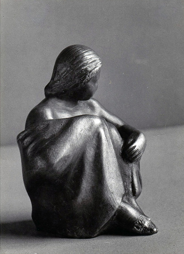 Hockende Gewandfigur • 10 cm • Bronze • 1935