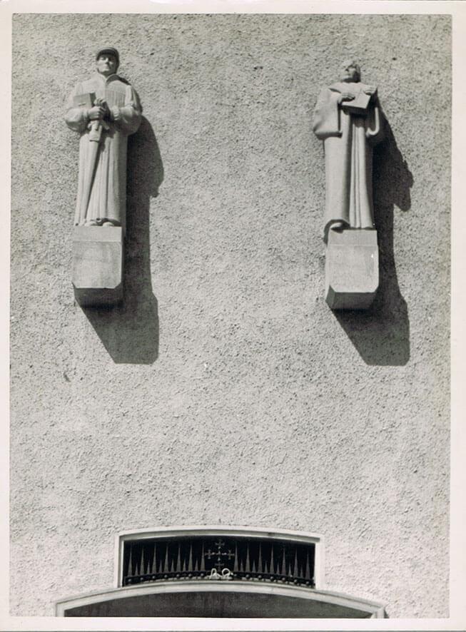 Luther und Zwingli •  beide weisser Mainsandstein • 230cm • 1936