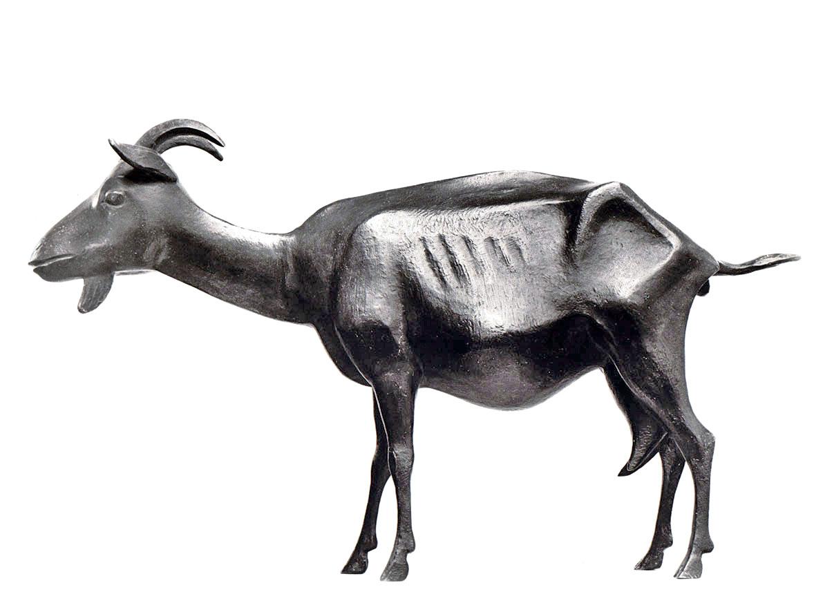 Tragende Ziege • Bronze • 53cm • 1954