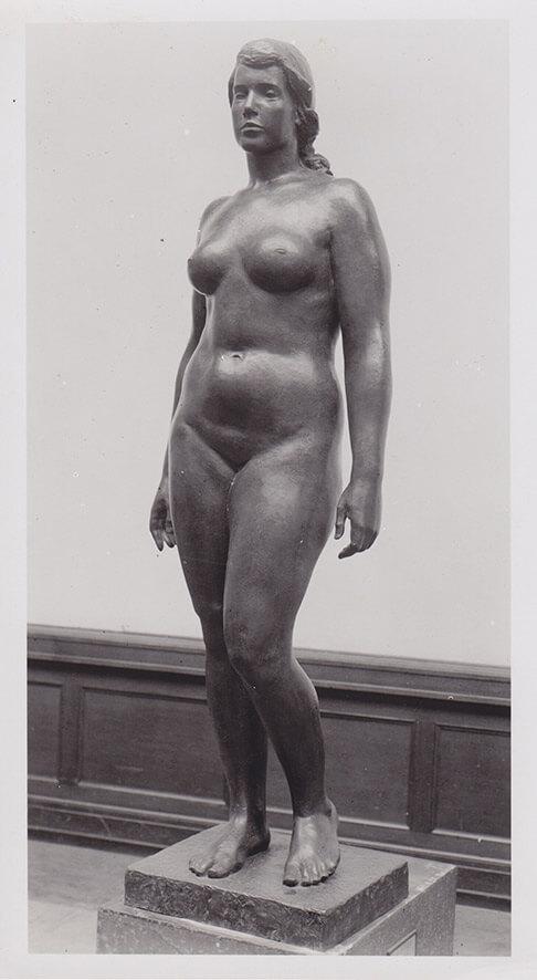 Grosse Stehende • Bronze • 190cm • 1937